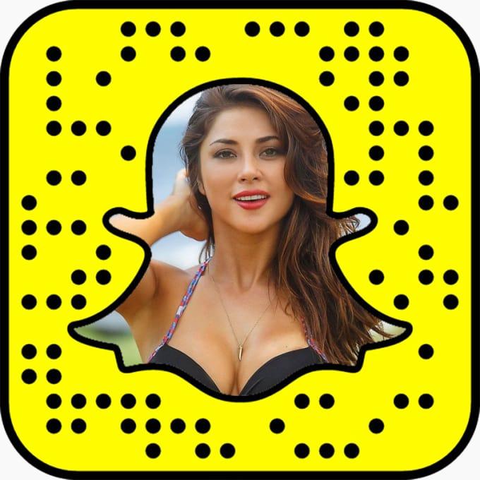 Add ariannyceleste on Snapchat