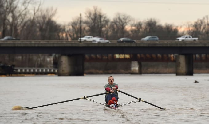 71-Year-Old Librarian Who Rows to Work