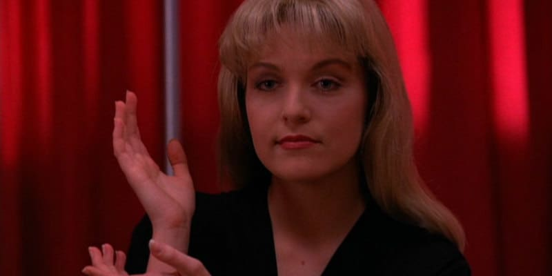 10 Movies & TV Shows To Watch Along With The Return Of 'Twin Peaks'