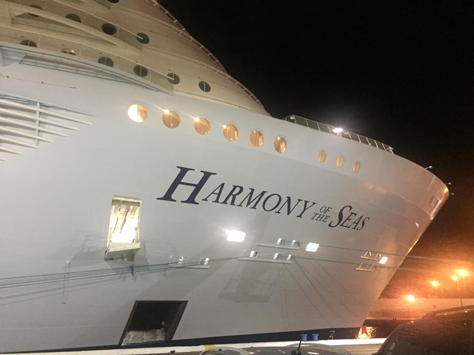 Life On A Cruise Ship Journal - How many crew members on a cruise ship