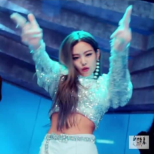Freedom Identity And Other Hidden Messages In Blackpink S Ddu Du Ddu Du Video Beat