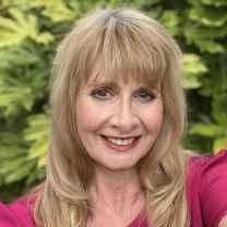 Gillian Lesley Scott