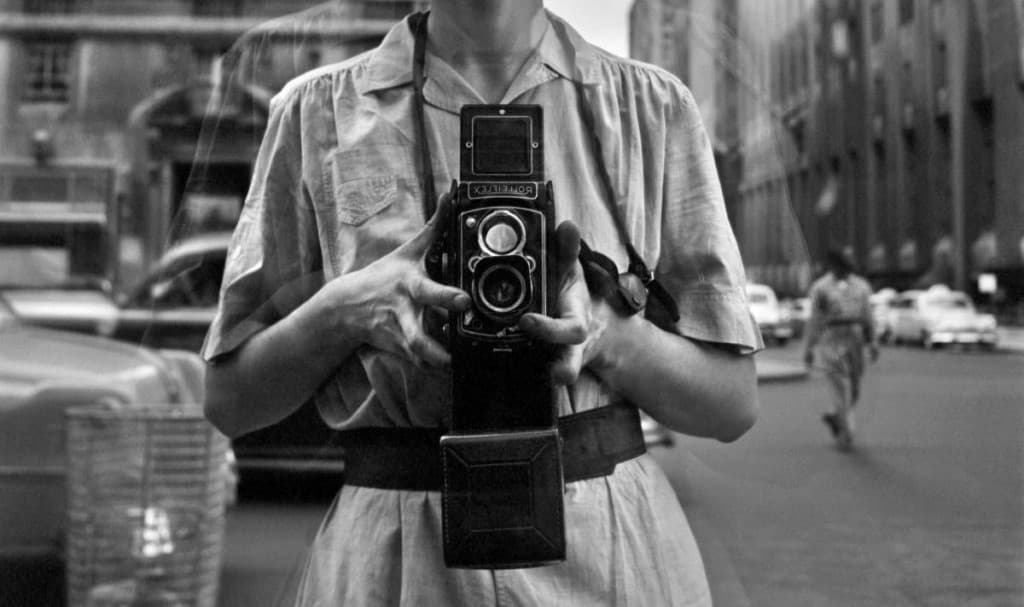 Whether youre just starting out or you want to master the best street portrait approach these tips on how to take the best street photography portraits