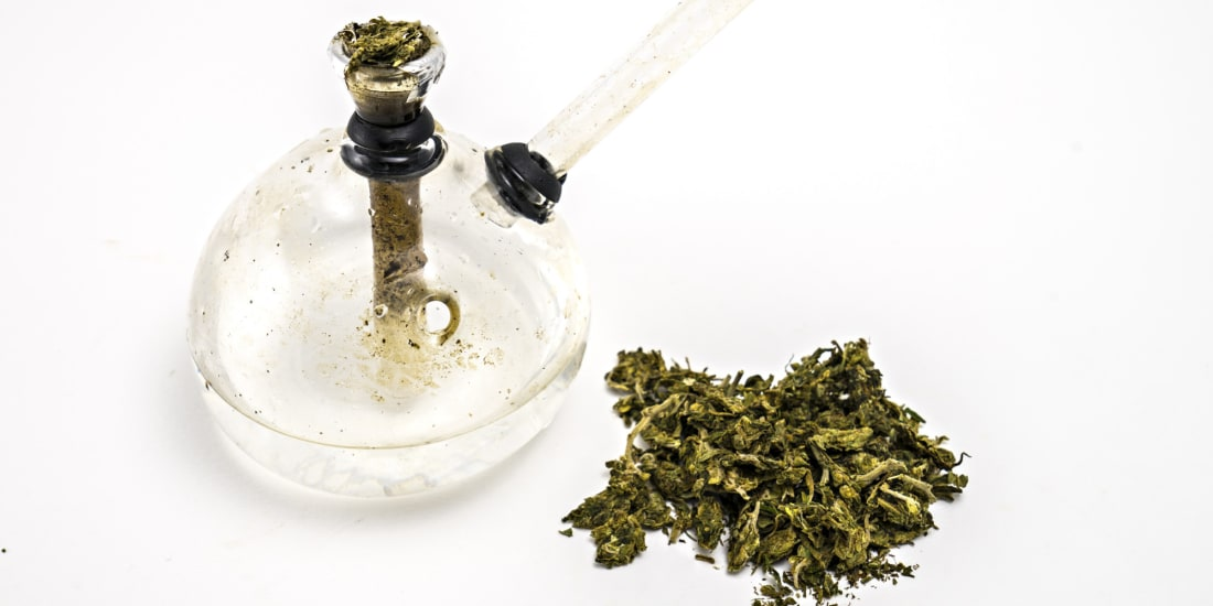 How To Buy Your First Bong | Potent