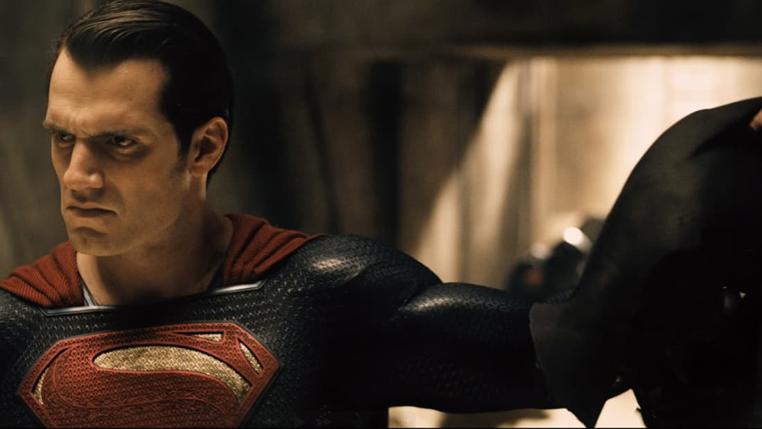 The Man of Steel to Unmask Batman in Dawn of Justice, or Just a ...