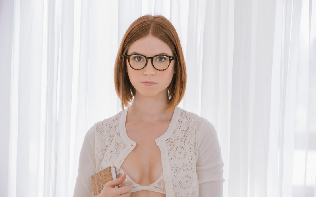Slim natural readhead glasses sex