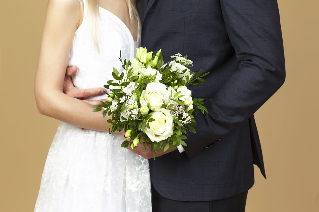 How To Change Your Last Name After Your Wedding Lifehack
