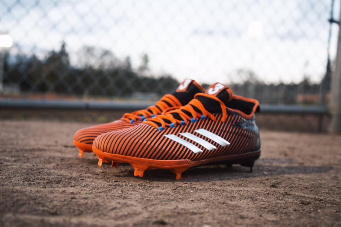 sports shoes 0cc73 0472e Nobody wants to try and spend 90 minutes in a painful pair of soccer shoes.  If you want to still be standing at the end of the game, consider these ...