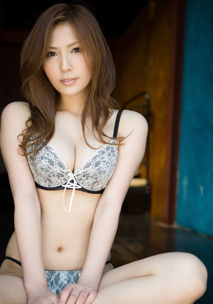 The prettiest japanese porn stars topless 13