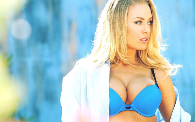 In greece girl blue blonde eyed found
