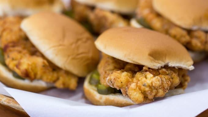 5 Best Fast Food Chicken Sandwiches Feast