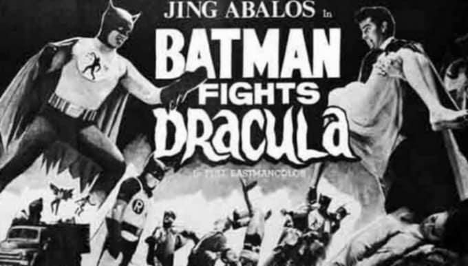 Batman Fights Dracula | Geeks