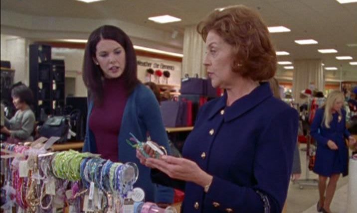 Stopping By Stars Hollow: A Critic's First Watch of 'Gilmore Girls