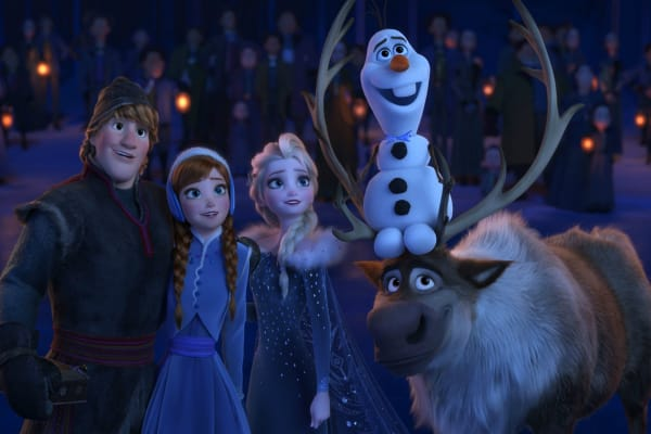 'Frozen 2' Leaked Image Shows Elsa and Anna in an Autumn Setting