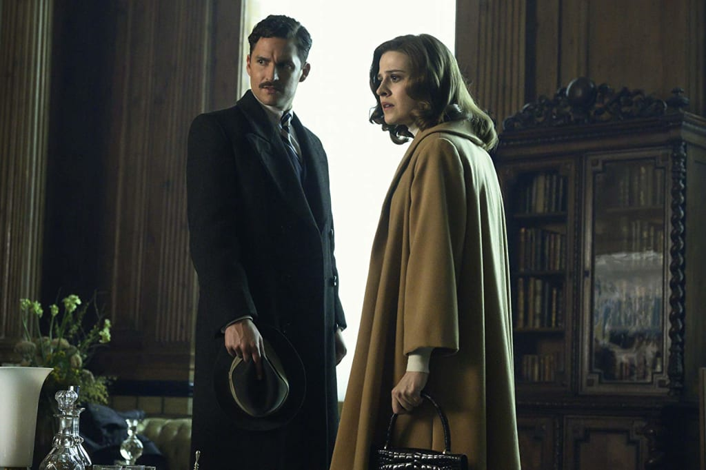 "'Pennyworth': S01.E07. ""Julie Christie"""