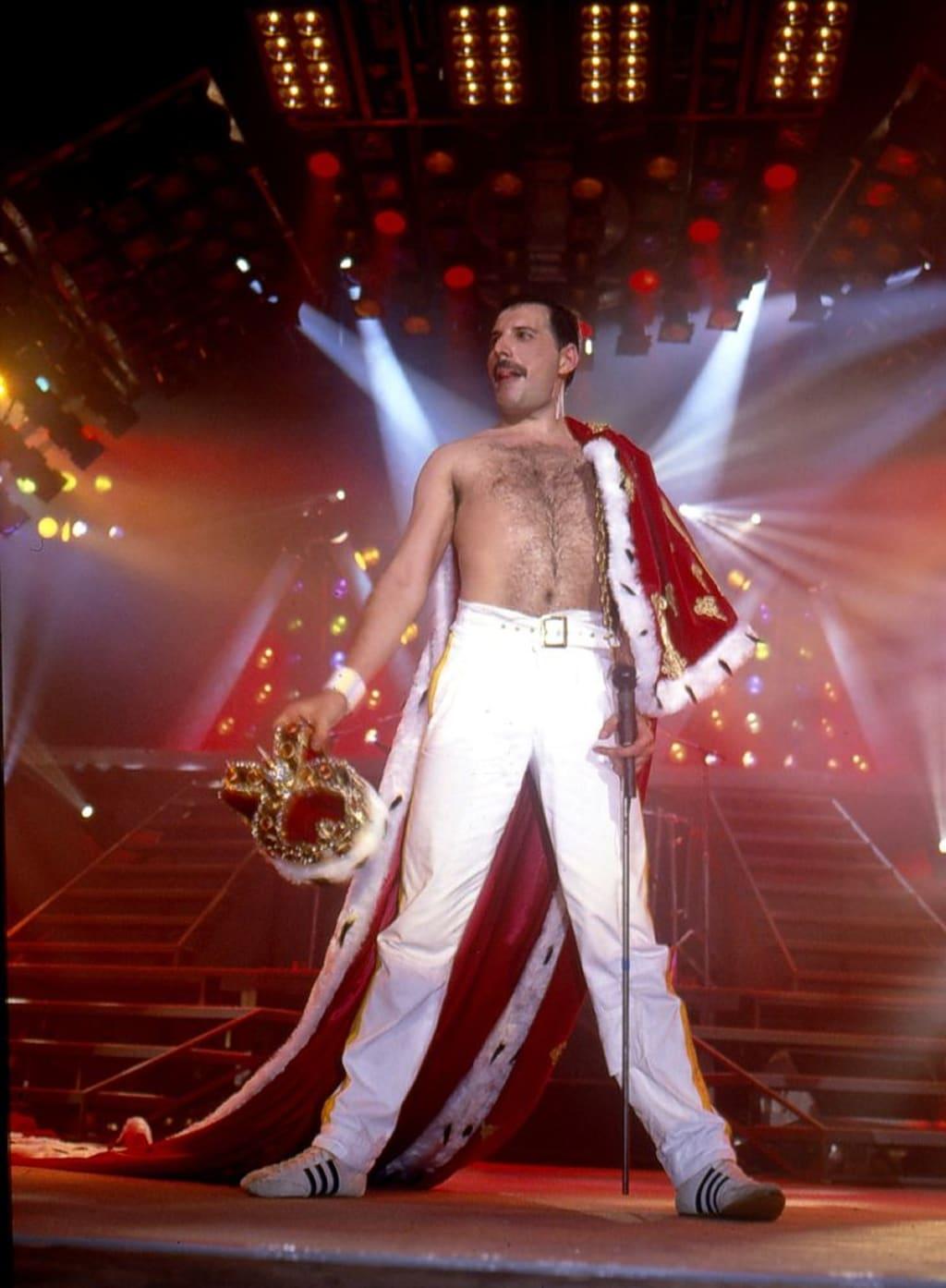 Freddie Mercury - Forever Alive