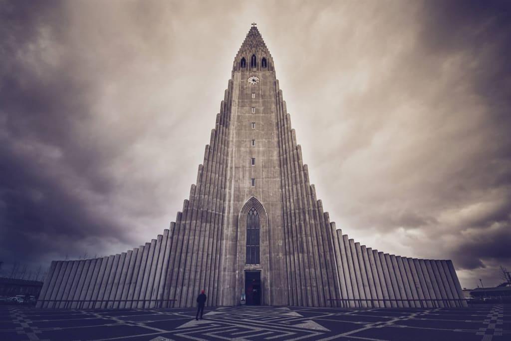 A Honeymoon in Iceland