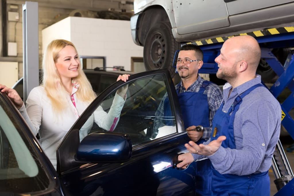 5 Basic Factors That Need to Be Considered When Hiring Auto Mechanics