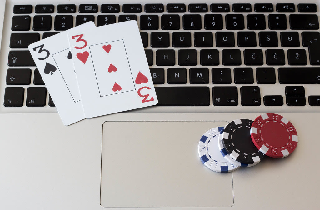 How Online Trading and Gambling Look Alike