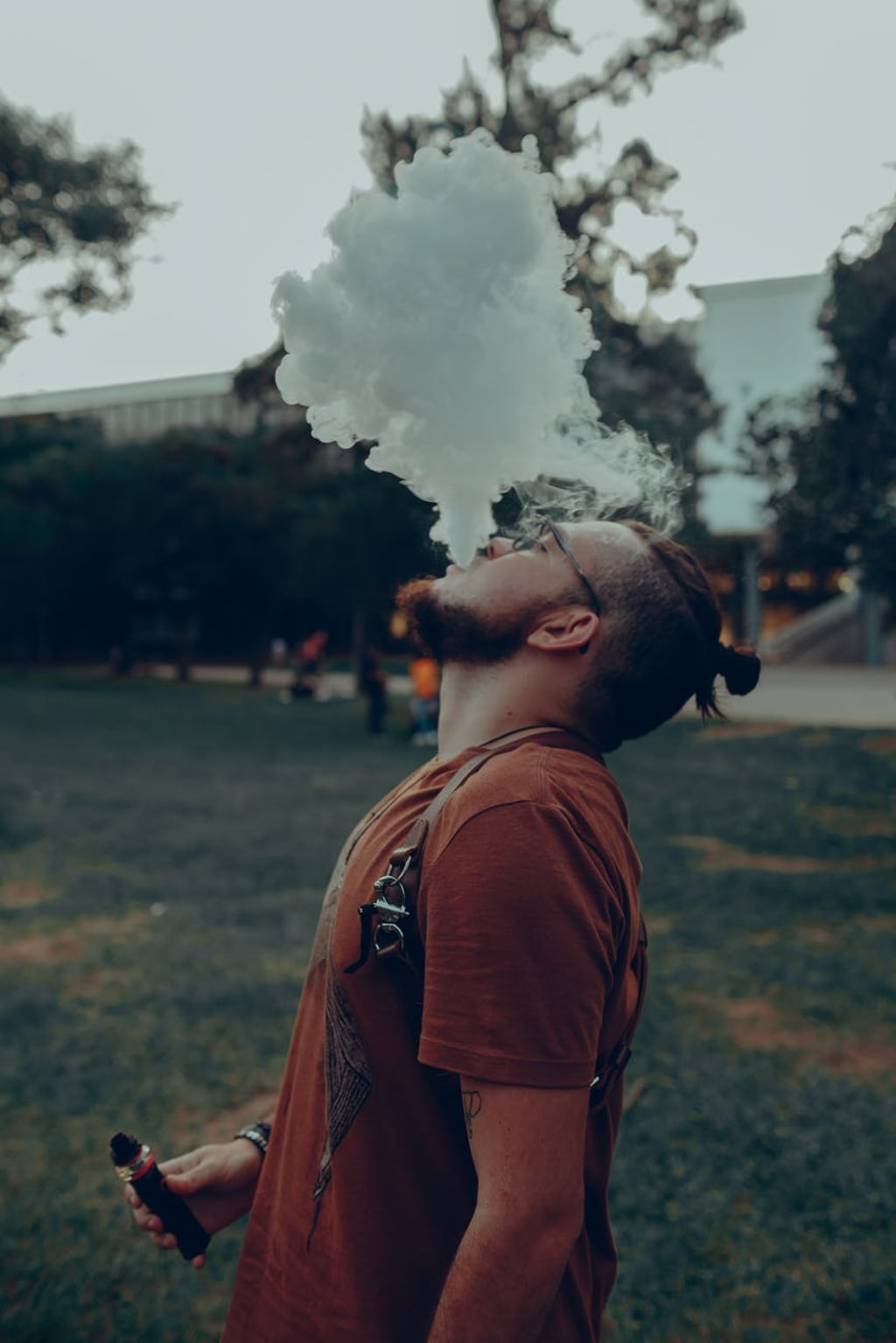 Vaping vs. Smoking: Which Is Better for You?