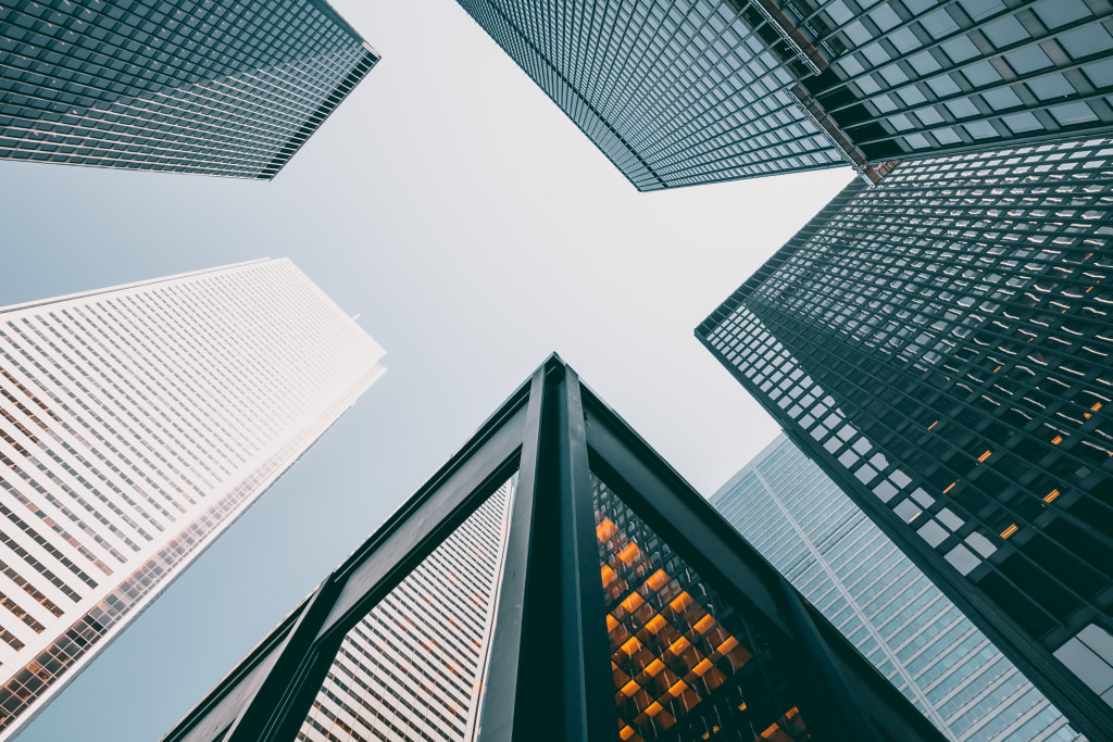Top Reasons to Consider a Career in Commercial Real Estate