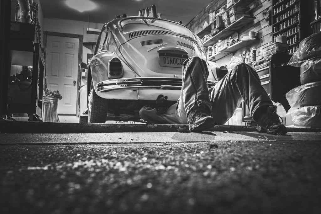 6 Car Maintenance Tips to Keep Your Car in Top Condition