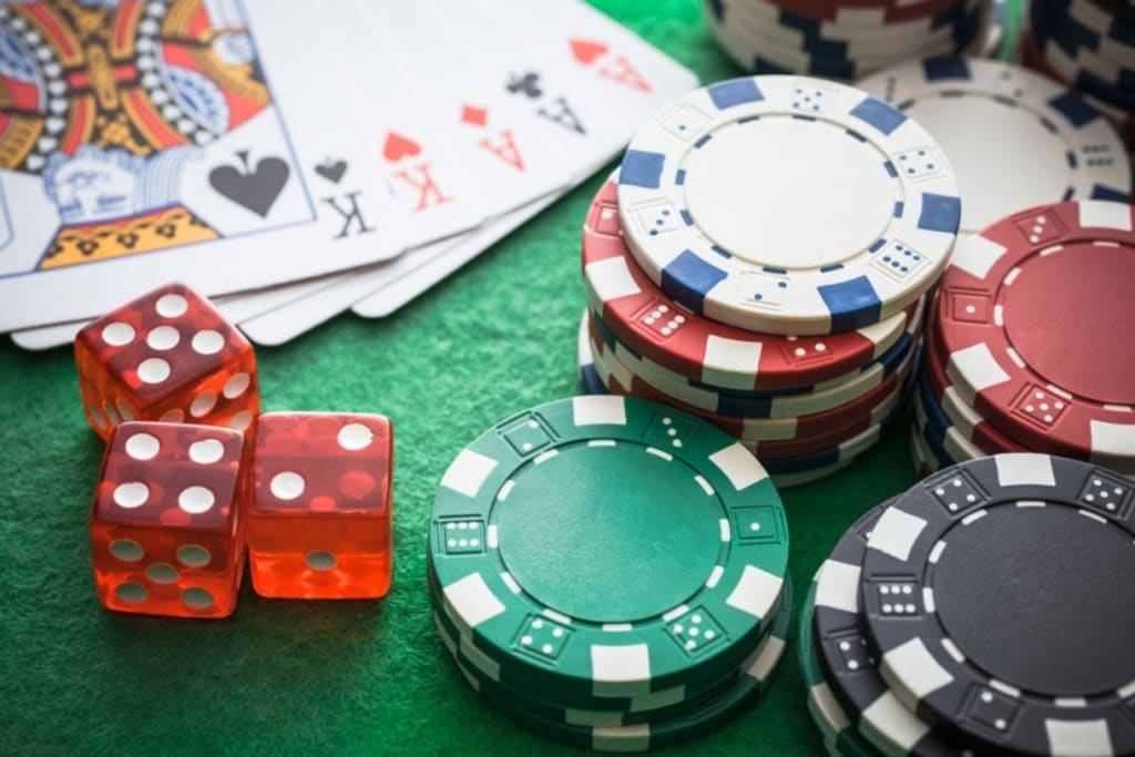 Why are online casinos more popular than land-based casinos?