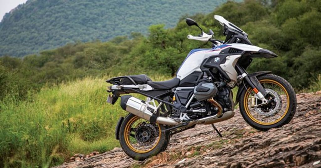 BMW R 1250 GS Pro Review: The off-road contrivance from Bavaria!
