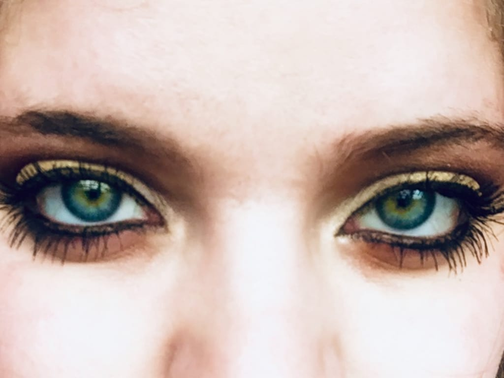 Eyeshadow Looks and Tips