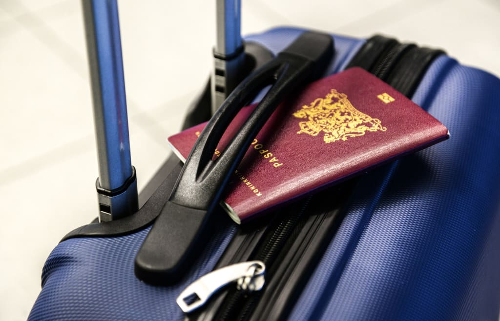 Top 6 Suitcase Essentials for Business Travel