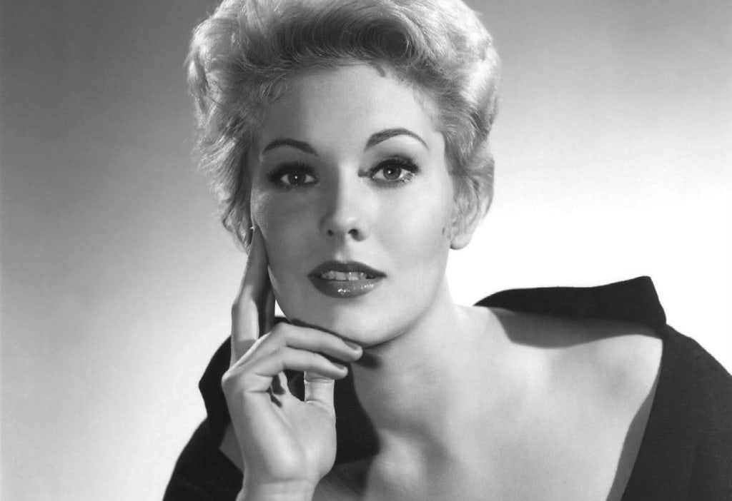 A Filmmaker's Biography: Kim Novak
