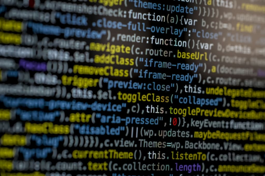Why outsourcing is better than in-house in software development