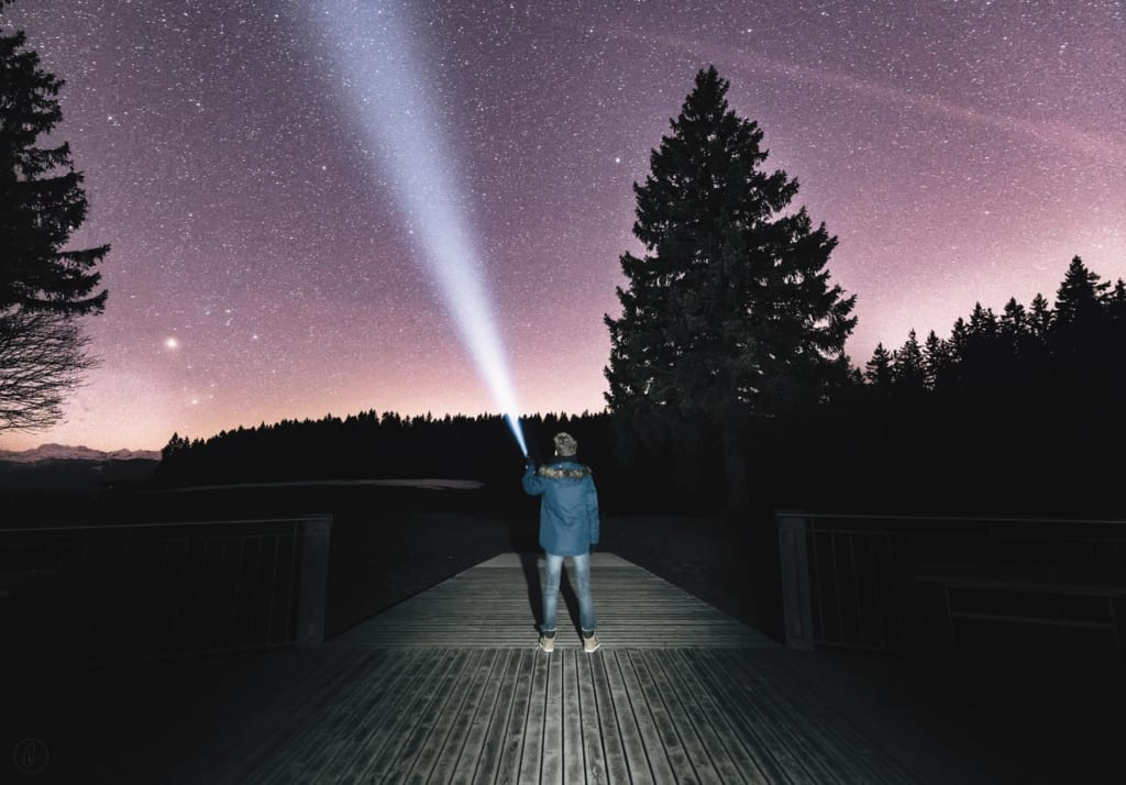 5 Signs You Were Abducted By Aliens