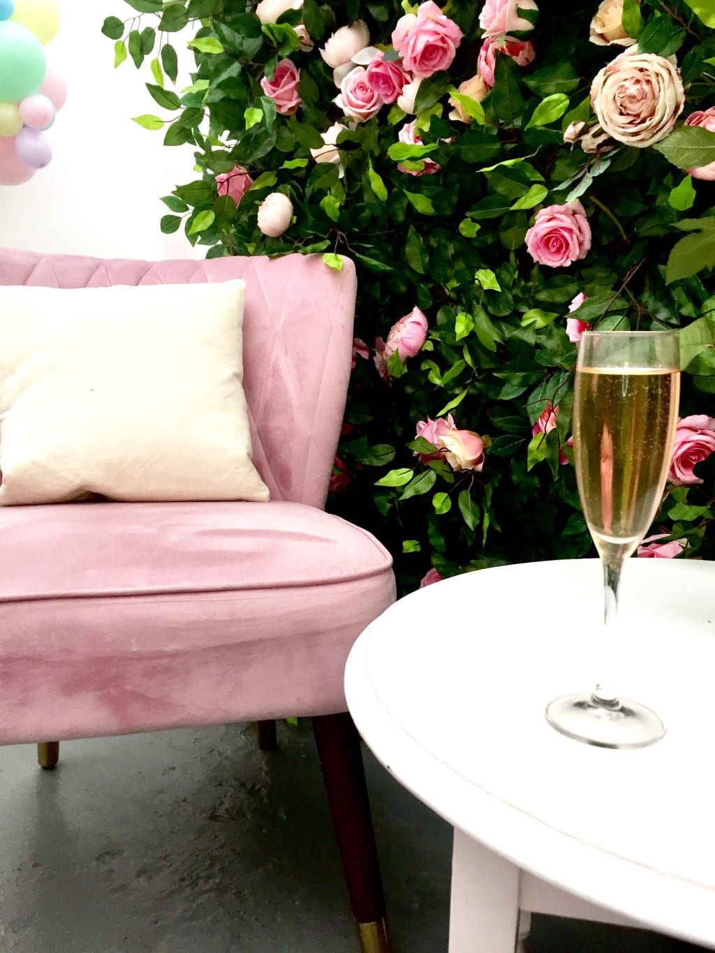 How to make an English Iced Rose Tea Champagne Spritzer