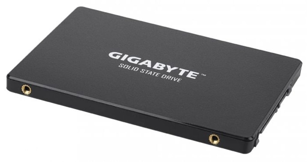 The new Gigabyte SSD flies with readings at 3480 MB/s