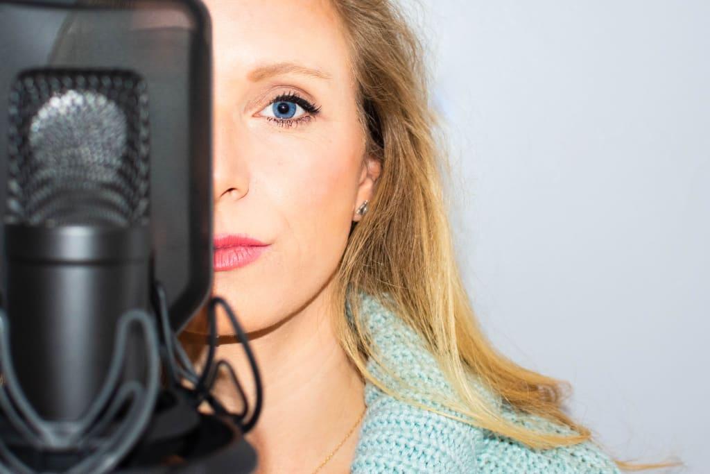 Home Recording Studio Equipment List: The 6 Essential Items