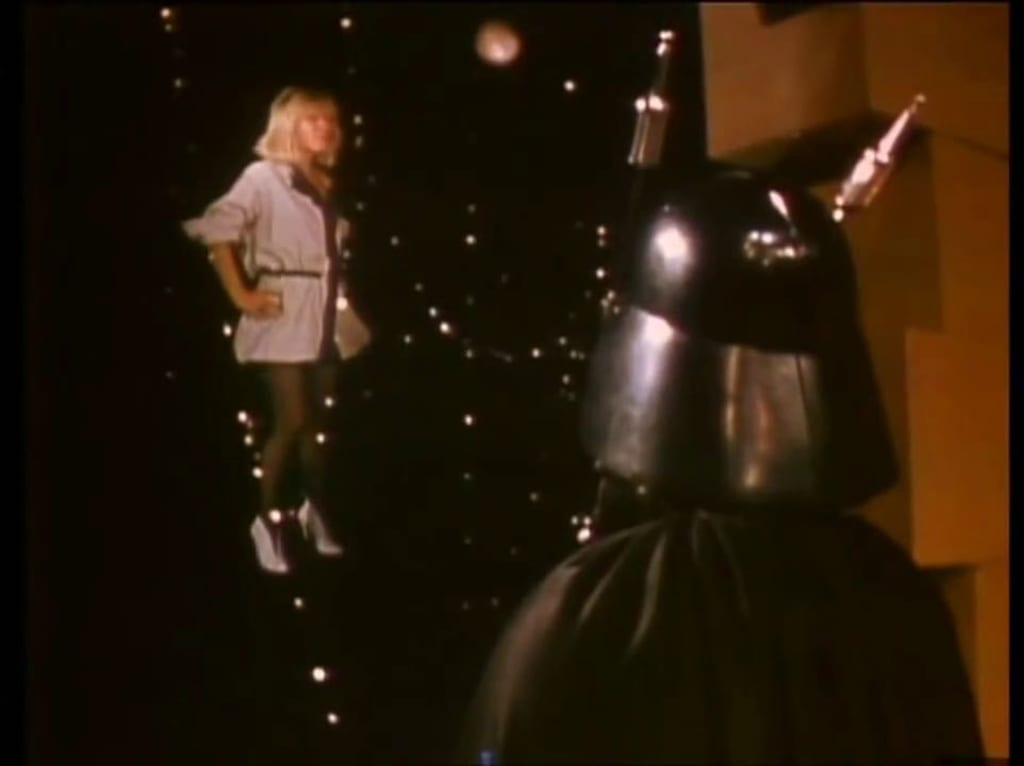 Music Video Crack Theories: 'The Tide is High' by Blondie (1980)