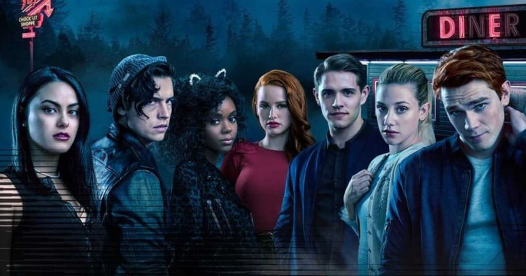 A Rant Review Summary of the Insanity that is Riverdale.