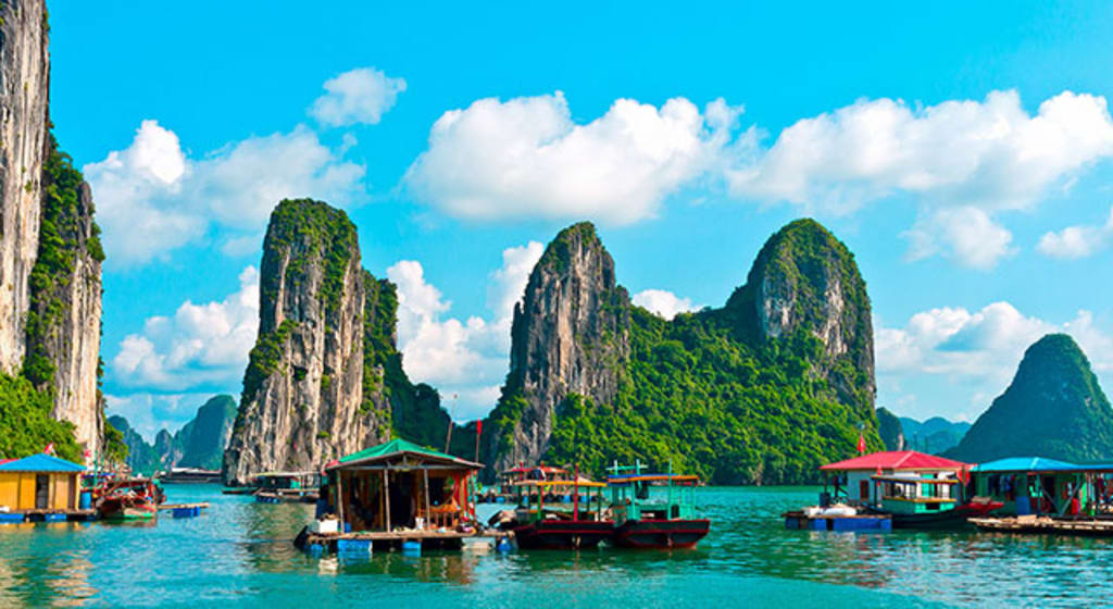 Package Tour To Vietnam