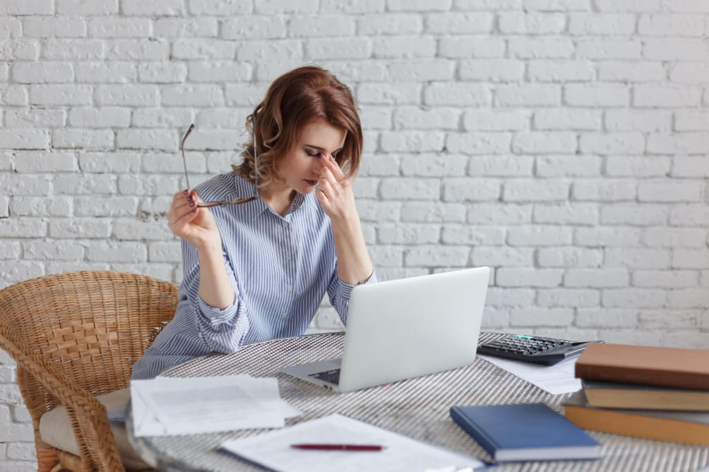 5 Healthy and Proactive Ways to Manage On-The-Job Stress