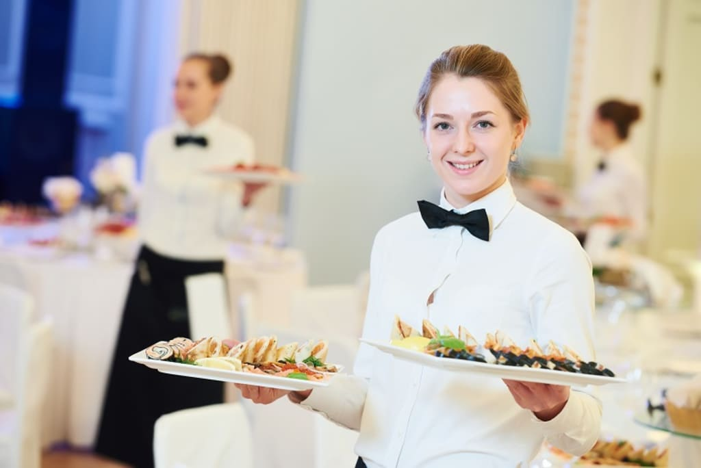 What Do You Should Expect from Event Catering?