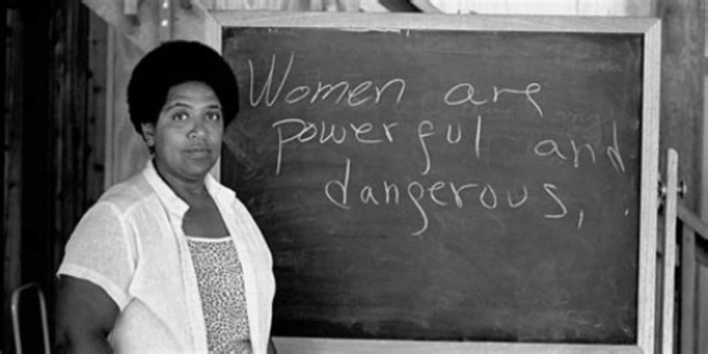 Dear Fellow White Women: Want to Smash the Patriarchy? Stand Against Racism