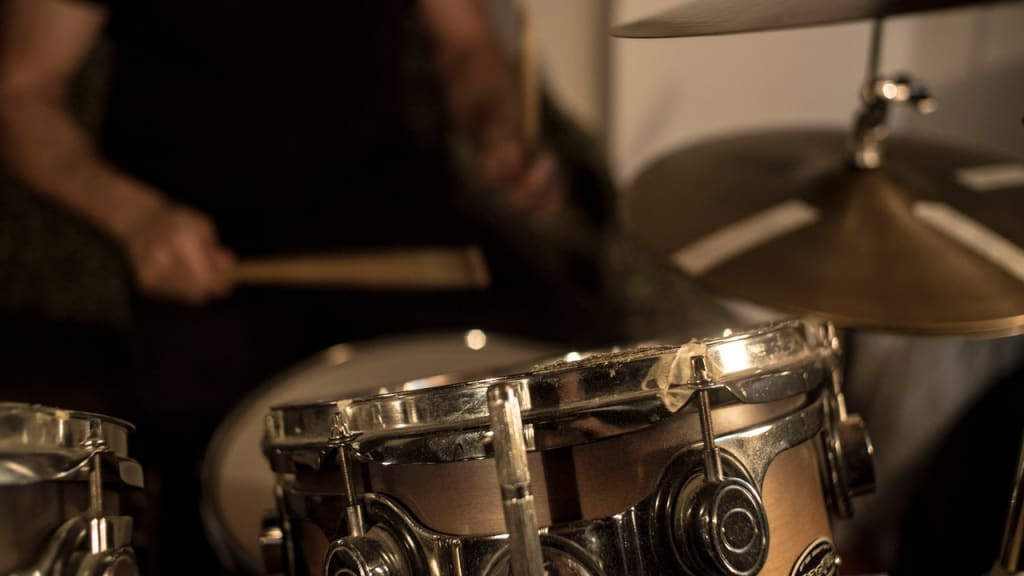 Effective Drum Practice 101: 5 Essential Tips for Newbie Drummers
