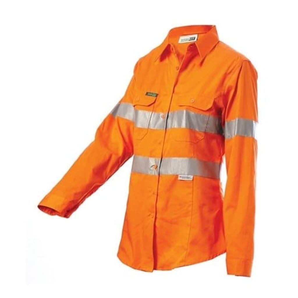Ensure Industrial Safety with FR Rated Clothing