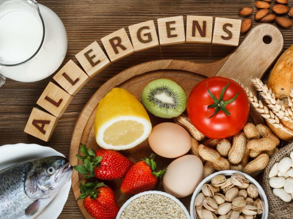 4 Common Food Allergies and Their Symptoms