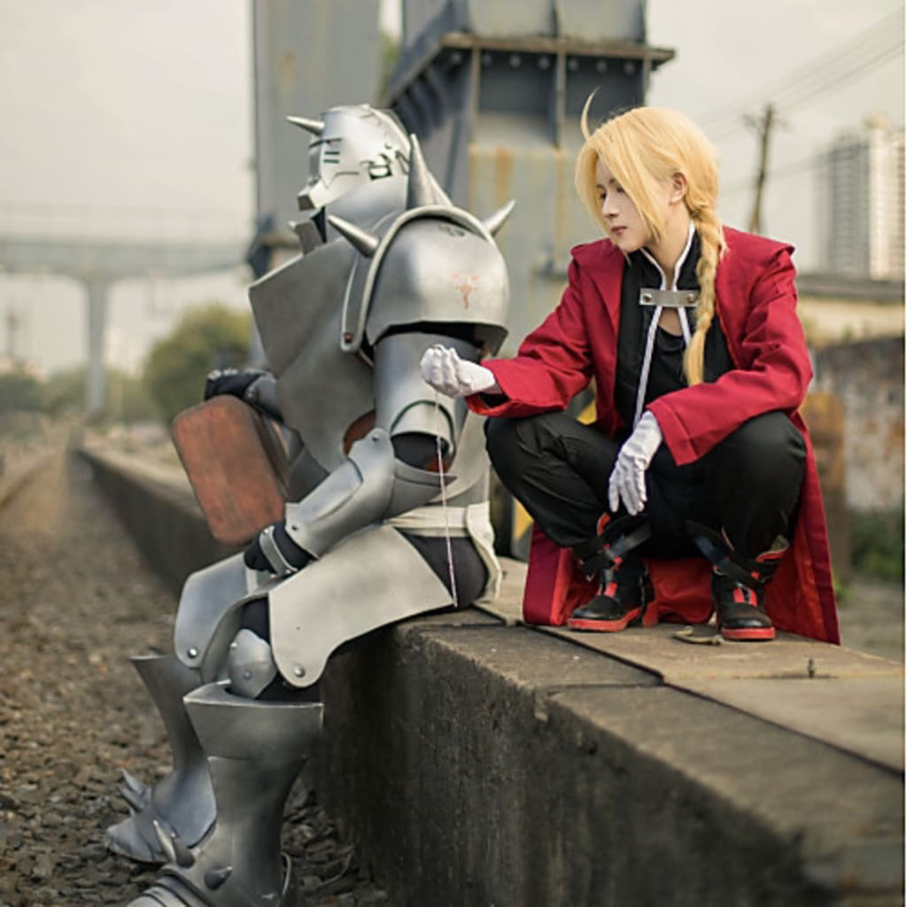 Best 10 inspiring male cosplay characters ideas