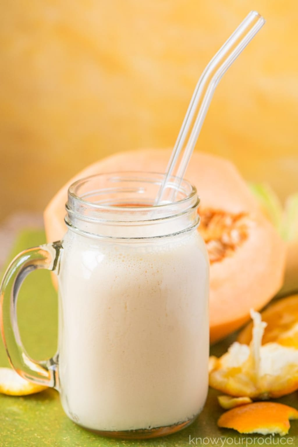 Vanilla and Cantaloupe Smoothie Recipe