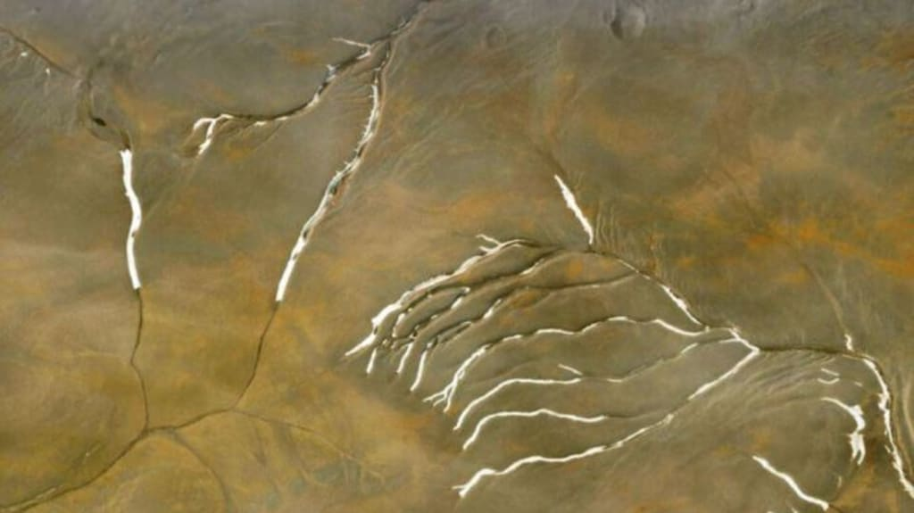 The channels on Mars may not have been created by ancient rivers