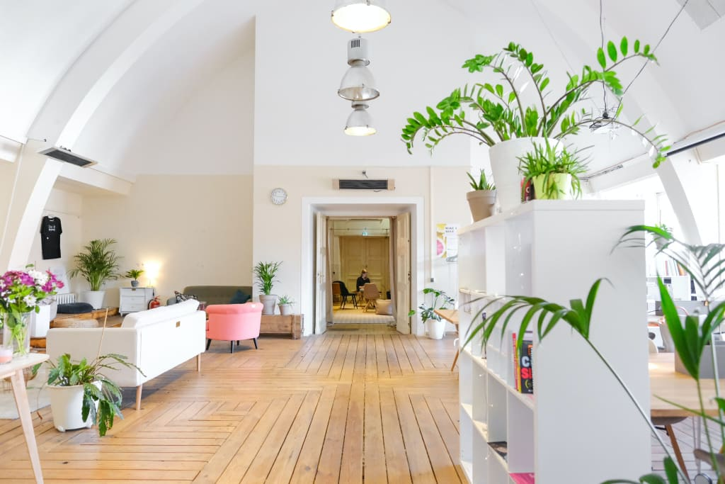Sparkling Clean Floors: 6 No-Sweat Tips to Keep Them Spotless