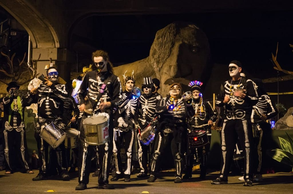 Peek A Boo! Gather Up The Halloween Crew!